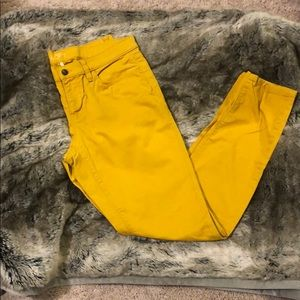 Modern Skinny Jeans - Mustard color